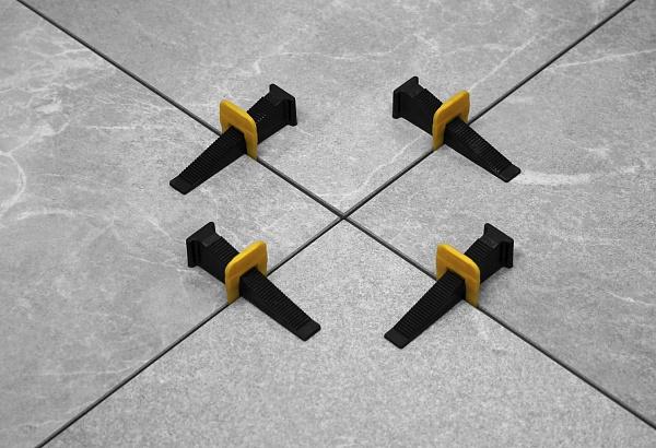 Система выравнивания плитки Клин